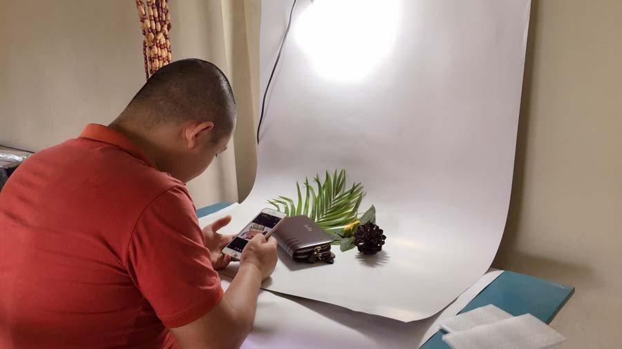 Hướng dẫn chụp ảnh sản phẩm bằng điện thoại iphone siêu đẹp
